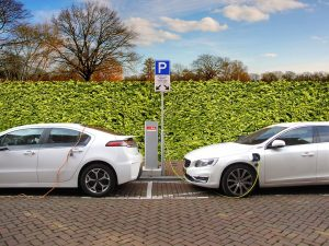 elec cars 300x225 - An Revolution: Electric Cars