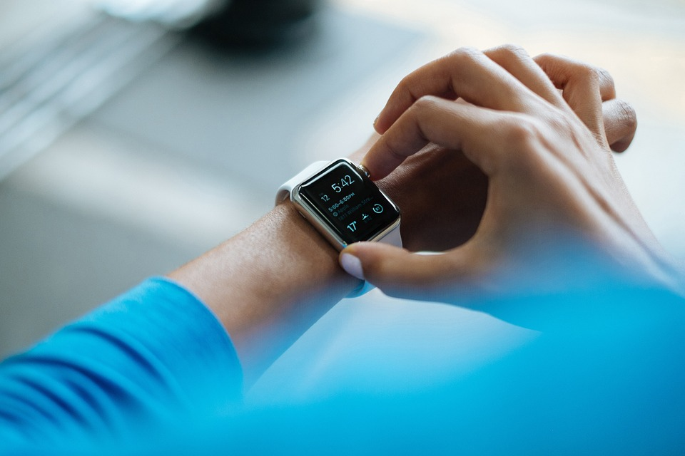 smartwatch - How Wearable Technology has made our Life Easier